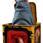 the-bride-of-chucky-burst-a-box-scarred-chucky-collectible-figure-mezco-toyz-silo-903945